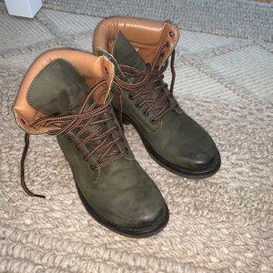 Steve Madden Olive Construction Boots